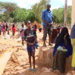 مقتل ١٠ أشخاص وانهدام ٢٦٠٠ بيت إثر سيول عارمة في مدينة قرطو